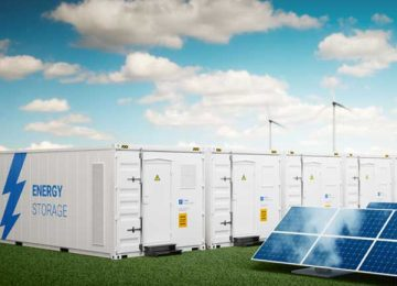 Storing wind and solar electricity on a large scale, affordably and at room temperature
