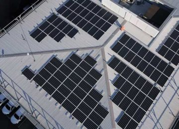 A low-cost way to make efficient, stable perovskite solar cells at a commercial scale